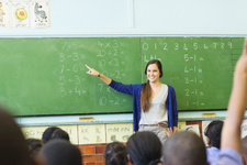 MEB yurtdışına öğretmen görevlendirecek