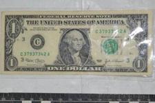 İstihbaratçı yarbayın odasında 1 dolar çıkınca...
