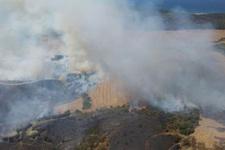 Çanakkale'de korkutan yangın! Ekipler müdahale ediyor