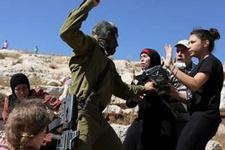 İsrail askerleri 5 Filistinliye yaraladı, 15'ini gözaltına aldı