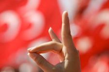 MHP'yi karıştıran hakim Burhan Yaz yakalandı