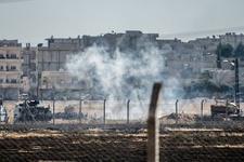 Kobani sınırında duvar protestosu!
