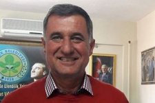 CHP'den istifa etti AK Parti'ye geçti