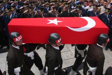Çukurca'da yaralanan Yüzbaşı'dan acı haber!