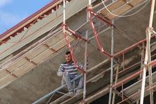 Sivas'ta inşaattan düşen işçi hayatını kaybetti