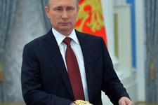 Putin'den Trump'a destek! Otelde Rus hayat kadınlarıyla...
