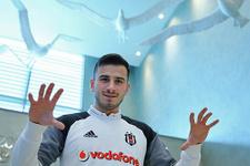 Oğuzhan Özyakup: 'Türkiye'de sadece Beşiktaş'ta oynarım'