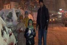 İstanbul'da çocuklar kar yağışının tadını çıkardı