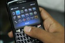 BlackBerry'ye porno yasağı!
