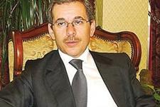 Abdüllatif Şener'in eşi kaza yaptı