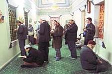 Tövbe kapısı Menzile 500 bin kişi