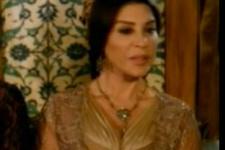 Valide Sultan'a dekolte ayarı (video)