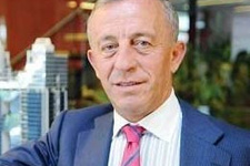 Ali Ağaoğlu'na gün doğdu