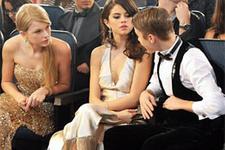 Taylor Swift Selena Gomez'e niye kızıyor?