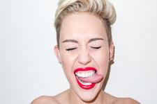 Miley Cyrus yeni fotoğrafı ile olay yarattı!