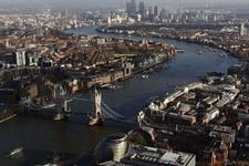 Londra'da Müslüman kadına saldırı