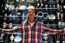 Red Bull'un Formula 1 kupaları çalındı