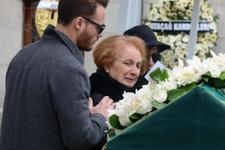 Kerem Bürsin'in acı gününde yalnız bırakmadı