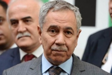 Bülent Arınç'tan CHP'ye olay seçim mesajı
