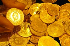 Altın yorumları altın fiyatları düşer mi çıkar mı?