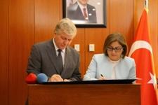 Gaziantep Büyükşehirden engelli istihdamında İŞKUR işbirliği