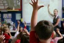 Felsefe çocukların diğer derslerde başarılı olmasını sağlıyor