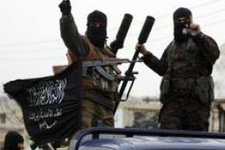 Bir eğit-donat skandalı daha! Silahlar Nusra'da!