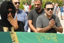 Emir Şaşmaz'ın cenazesi Nazlı Hamarat'ı bitirdi!