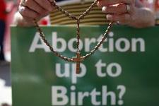 Papa'dan kürtaj için 'pişmanlık affı'