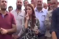 HDP'li vekil teröristin mezarına çiçek koydu