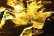 DERGİ -  Az alkol gerçekten yararlı mı?