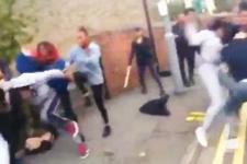 Bir erkek yüzünden 200 kız kavga etti