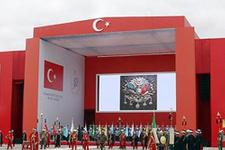 Cumhuriyet kutlamasında Osmanlı arması