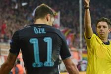 Mesut Özil'den hakemlere Türkçe küfür!