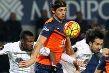 Mehmet Batdal sözleşmesini uzattı