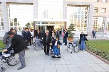 Gaziantep'ten engellilere tekerlekli sandalye desteği