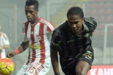 Akhisar Belediyespor Sivasspor maçı sonucu ve özeti
