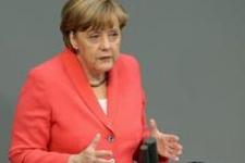 Ünlülerden Merkel'e Türkiye mektubu