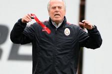 Mustafa Denizli transferde isim verdi