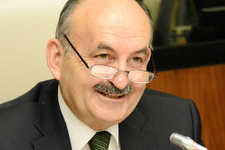 Müezzinoğlu'dan flaş başkanlık sistemi açıklaması