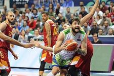 Galatasaray Bursa deplasmanında moral buldu
