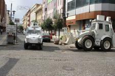 Sur'da polis aracına bombalı saldırı!