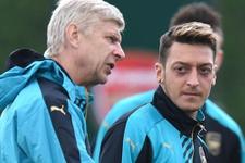 Arsene Wenger'den inanılmaz Mesut Özil gafı