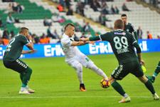 Bursaspor-Atiker Konyaspor maçı kaç kaç bitti?