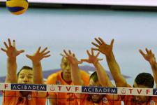 Çekişmeli maçı Galatasaray kazandı