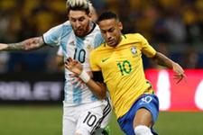 Messi ile Neymar Dünya Kupası elemelerinde rakip oldu