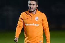 Sabri Sarıoğlu 71 derbiye çıktı ama hiç gol atamadı