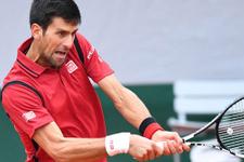 Novak Djokovic lider olarak yarı finalde