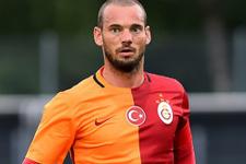Sneijder Riekerink'in talimatlarına uyuyor!