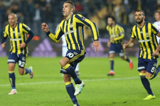 Fenerbahçe'de 5 gole 50 bin taraftar